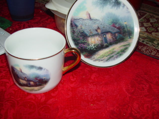 Thomas Kinkade  Moonlight  Cottages Plate and Cup Set Teleflora Gift Gold Trim