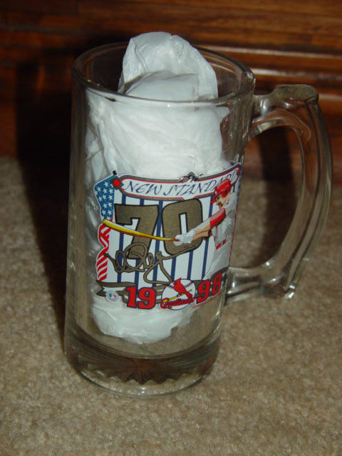 1998 Mark McGwire ST. Louis Cardinals  v.s Montreal Espos Home Run  70 Mug image 4