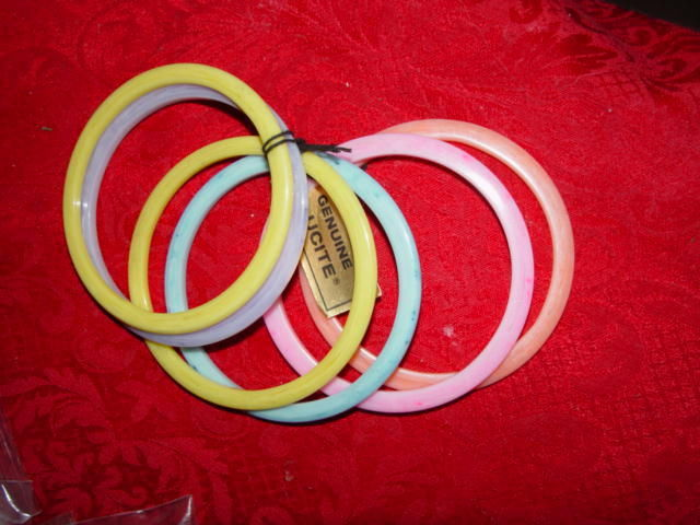 Genuine Lucite Braclets Set of 6 Braclets Made of Dupont Lucite Acrylic Resin image 5