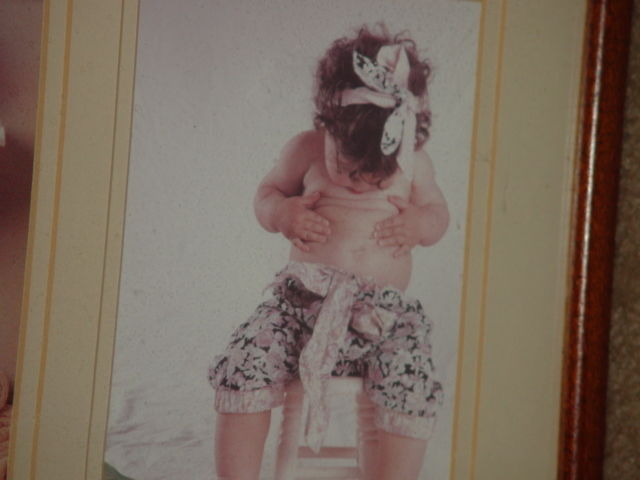 Anne Geddes Orignal Babies, Bathroom, Baby in Egg, Looking For Bellybutton image 7