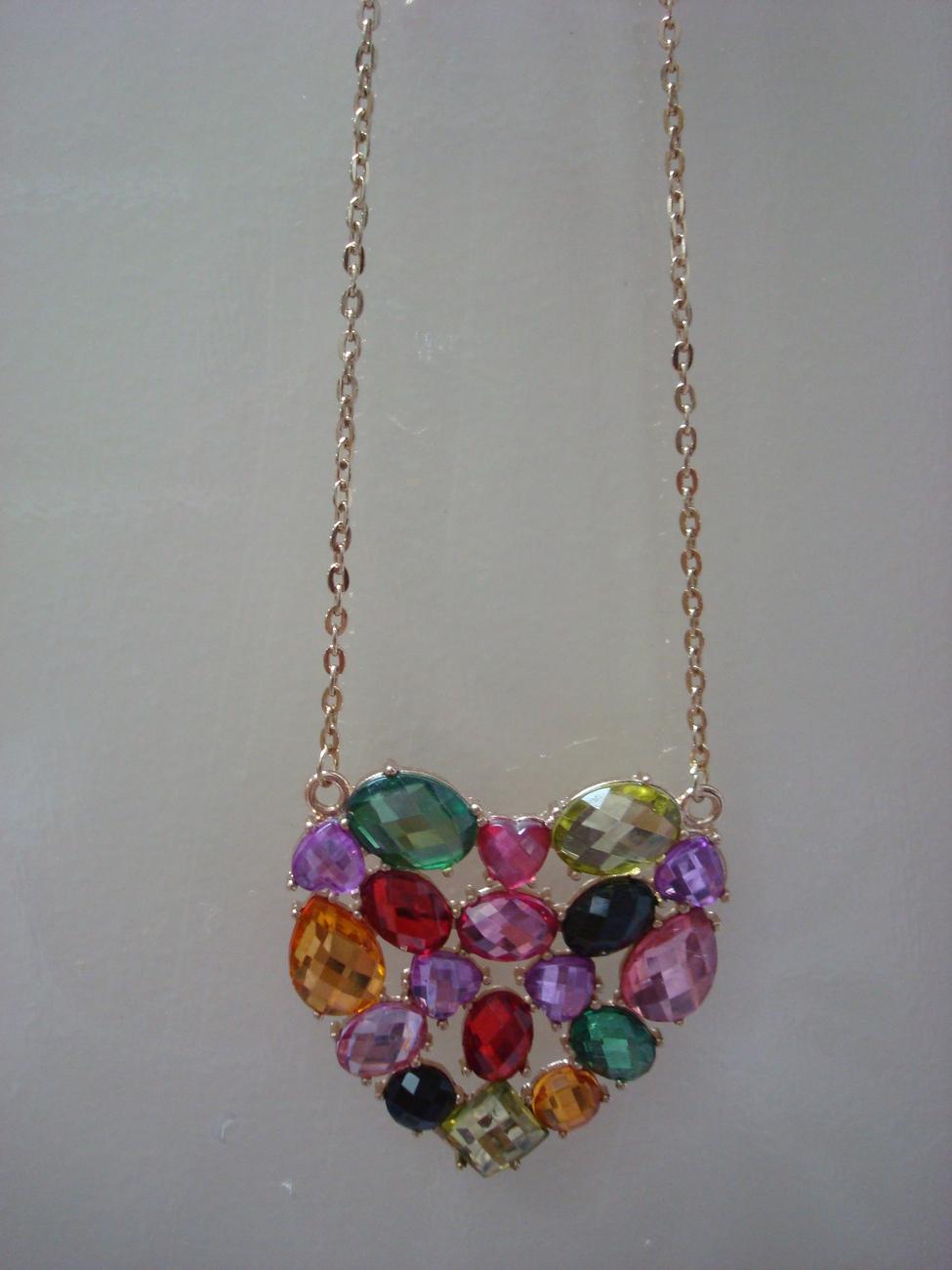 heart necklace....free shipping Bonanza