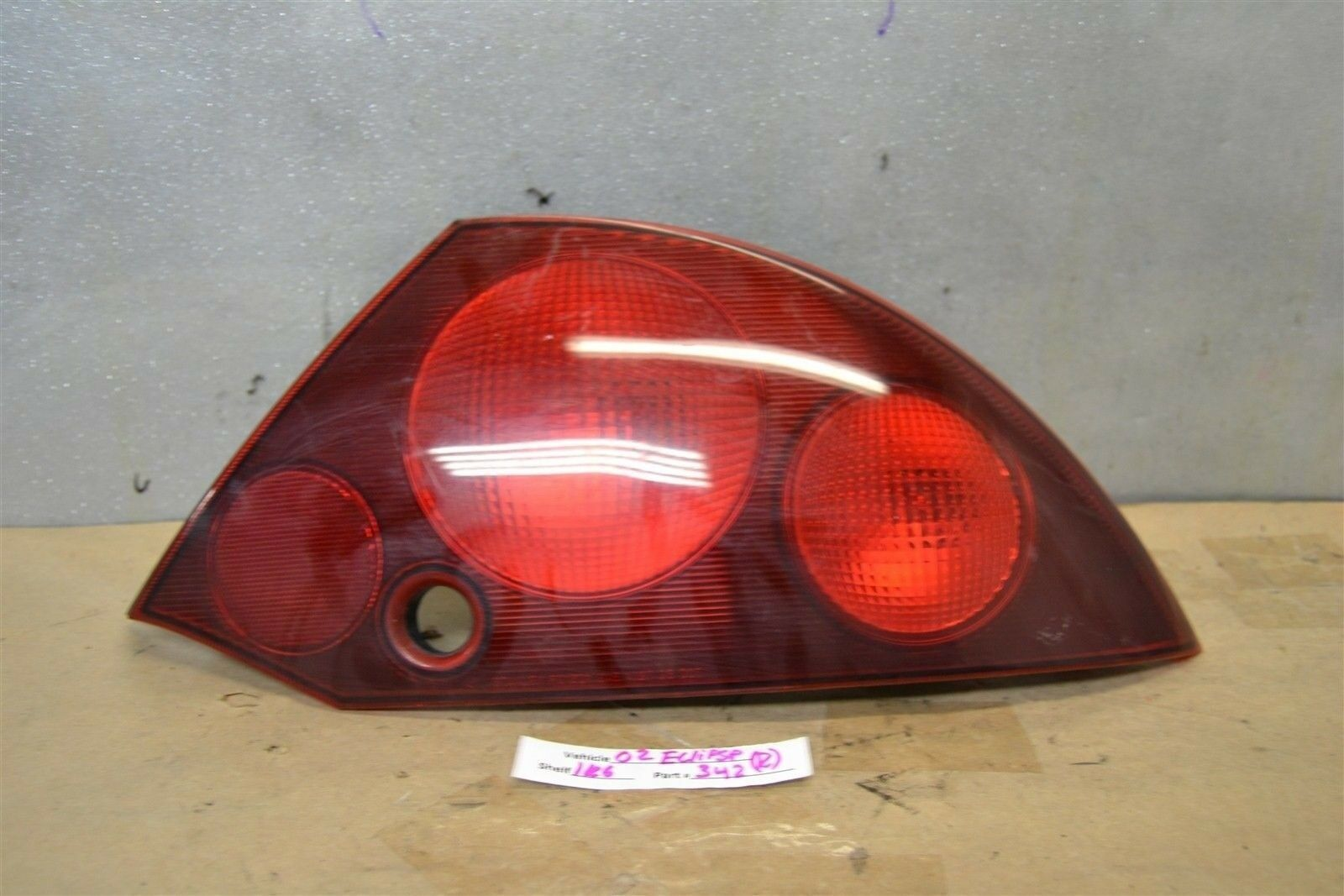 Primary image for 2000-2002 Mitsubishi Eclipse Right Pass OEM tail light 42 1K6