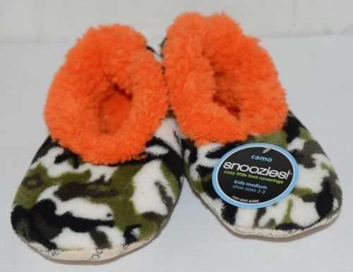 Snoozies KCM007 Foot Coverings Green Camo Orange Size Kids 2 And 3