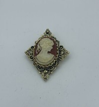 Vintage~Triangular~Gerry's Signed~Resin Cameo Brooch~Pendant~Faux Shell - $14.85
