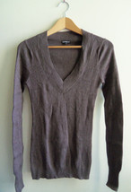 EXPRESS Women's V-neck Sweater Brown Cotton/Rayon Solid Size M, Pre-owned - $22.49