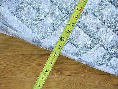 2'x3' Bamboo Silk Soumak Hand Woven Geometric Design Oriental Rug G23230