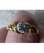 VINTAGE 1970s Solitaire Sparkly Cubic Zirconia CZ RING Goldtone Twisted ... - $10.00