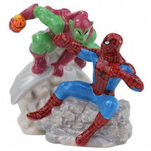 Spider-Man and the Green Goblin Ceramic Salt and Pepper Shakers Set NEW ... - $24.18