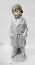 Lladro Daisa Boy w Smoking Jacket 4900 Porcelain Figurine Glazing Spain - $63.21