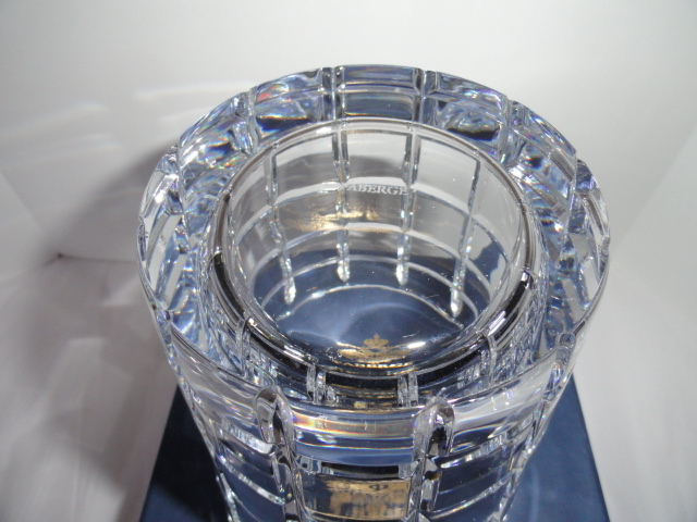 Faberge Metropolitan Clear Pattern Ice Bucket in the original box  image 5