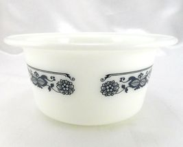 Pyrex 75 Old Town Dish Blue Wide Extended Rim Crock Style Bowl ~ Made in the USA image 4