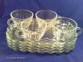 [M11] 8 PIECE ANCHOR HOCKING CLASSIC SNACK SET (4) PLATES, (4) CUPS 900/48 - $19.20