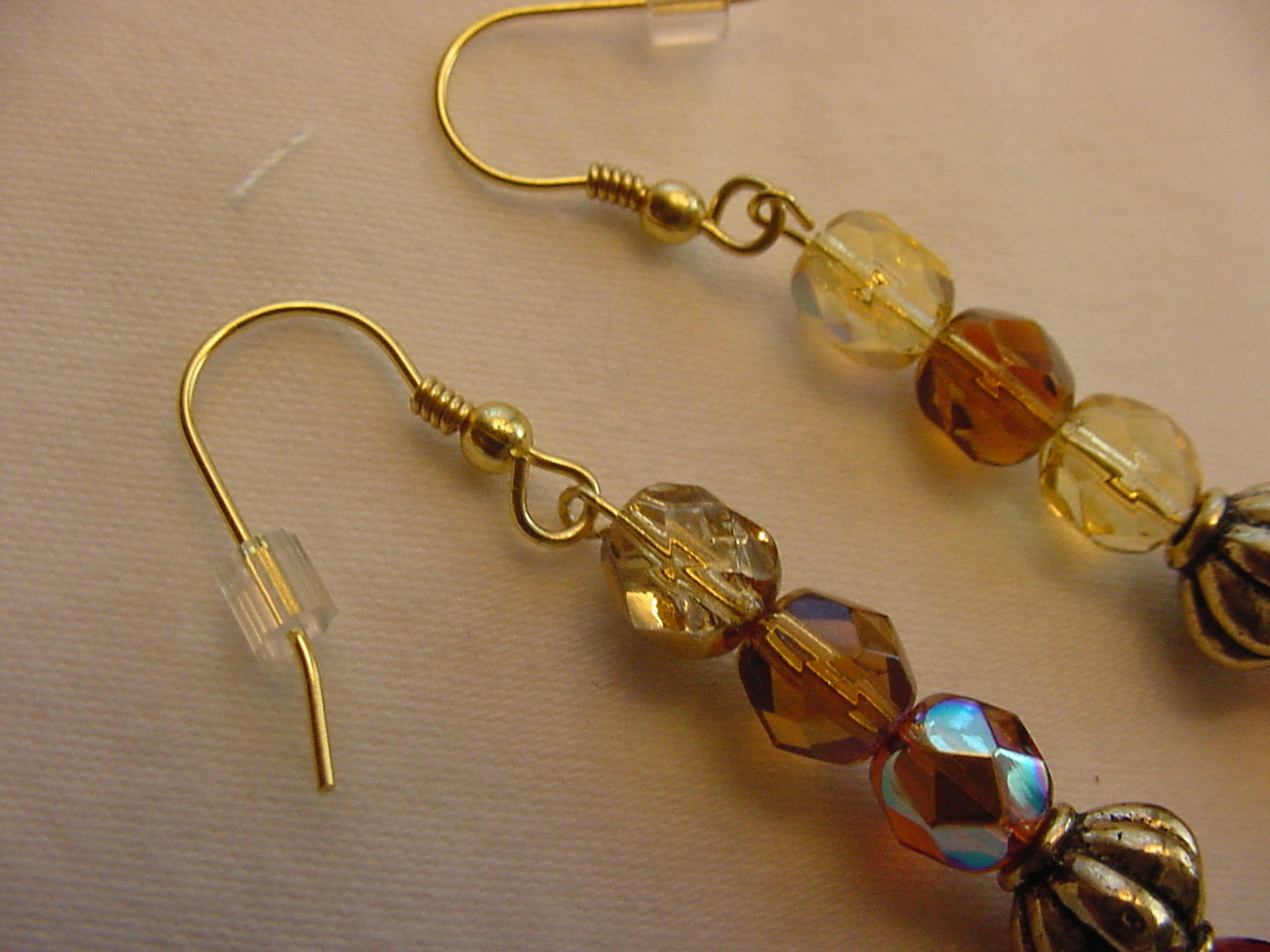 Unique Creations/Ozarks Amber Taupe Beige Beads Gold Plated Drop Earrings