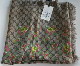 """NWT 2019 GUCCI bouquet 100% wool extra large scarf shawl 51"""" x 51""""; $445 - $349.99"""
