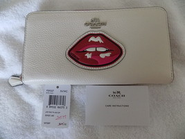 NWT COACH MULTICOLOR LIPS TWO TONE PEBBLE LEATH... - $97.50