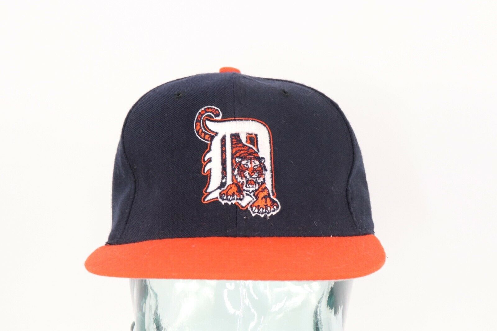 Primary image for Vintage 90s New Era Diamond Collection Detroit Tigers Fitted Baseball Hat 6 7/8