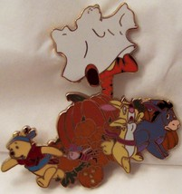 DISNEY POOH & PALS HAUNTED HALLOWEEN JUMBO LE 500 PIN New On Card image 3