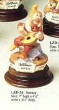 Disney Snow White Sneezy Mandolin Capodimonte Laurenz  C.O.A. Original Box - $340.00
