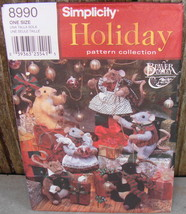 """Simplicity 8990 Christmas Holiday Pattern 8"""" Stuffed Mice & Outfits* - $18.00"""