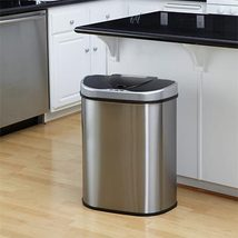 Recycle trash 3 thumb200