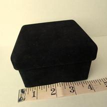 Jewelry box black velvet travel size keepsake trinkets vintage - $5.92
