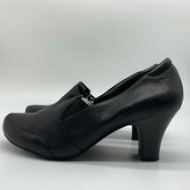 Easy Spirit Black  Pump Leather Women Heel Shoes, Size 9W. - $16.12 CAD