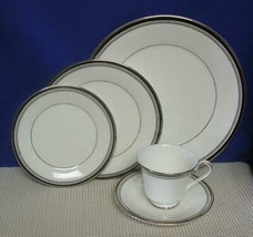 SARABANDE by Royal Doulton China 5 PIECE PLACE SETTING (s) Black Band H5023 - $40.15