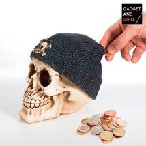 Hucha Calavera con Gorro Pirata Gadget and Gifts - $6.95