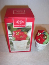 "Lenox ""WINTER MEADOW"" Christmas stackable Flower Pot salt & pepper shake... - $14.84"