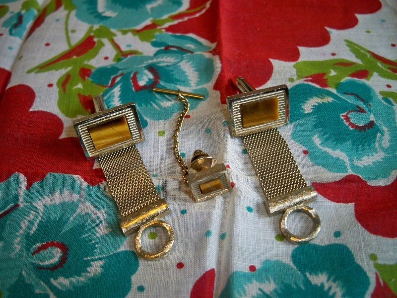 Vintage cuff links tie pin goldtone belt1