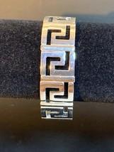 Vintage Silver Tone Stretch Bracelet - $8.00