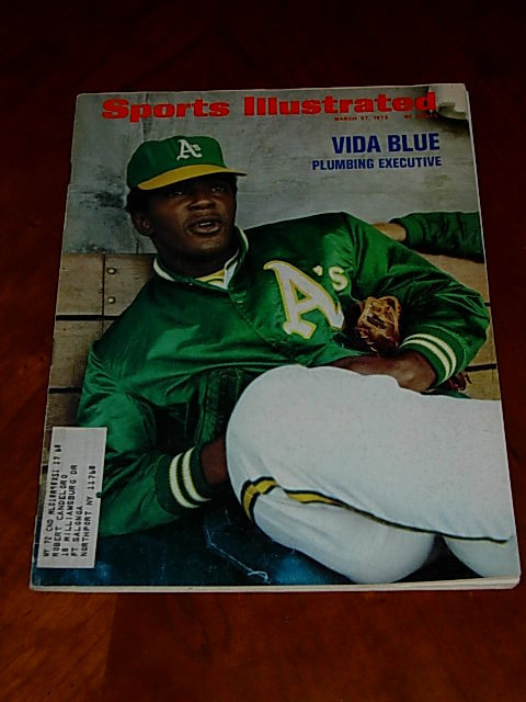 Primary image for 1972 Sports Illustrated: Vida Blue; George Best, UK Soccer; John Wooden & UCLA,