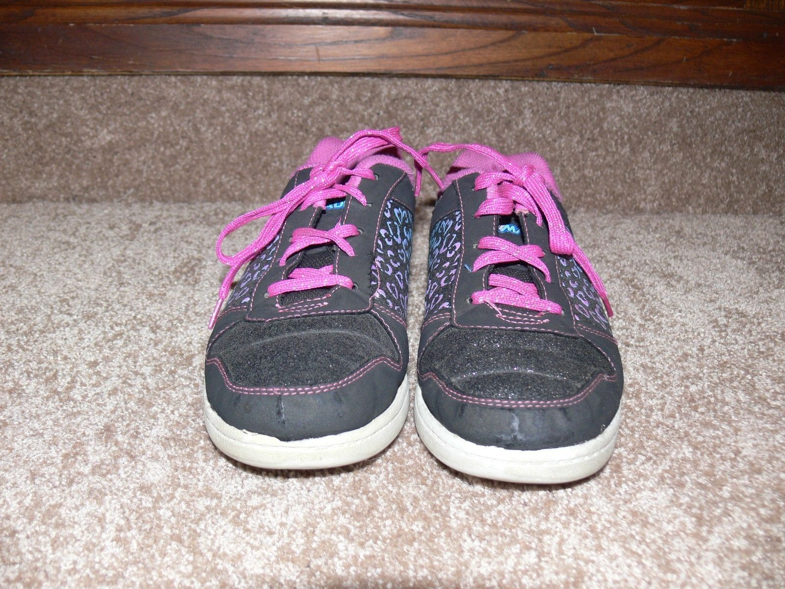 DISNEY LIV AND MADDIE Shoes Youth Sneakers Glitter Hearts Girls Size 5 cz image 3