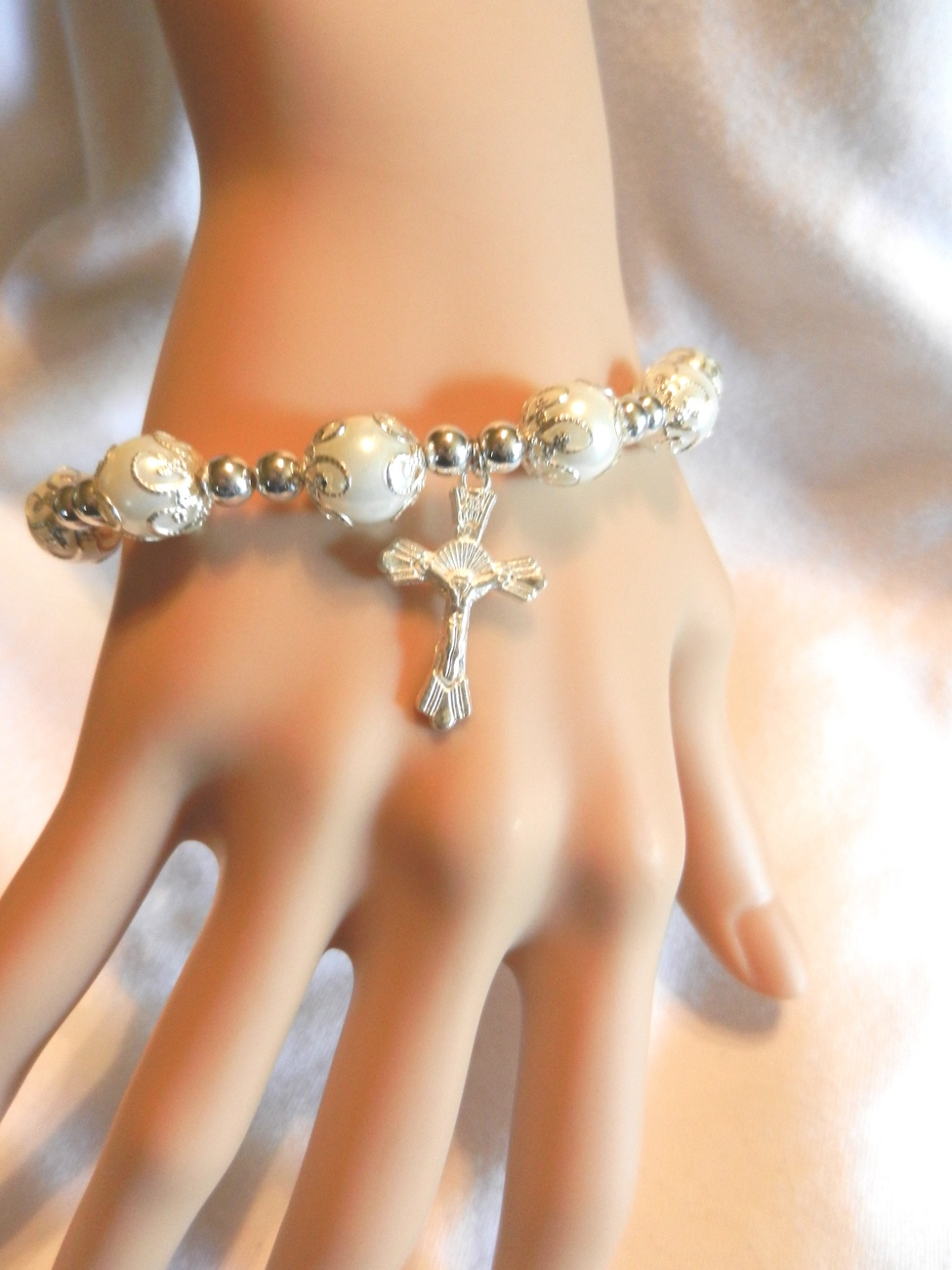 Primary image for Religious Catholic Christian Stretch Faux Pearls Beads Cross  Bracelet