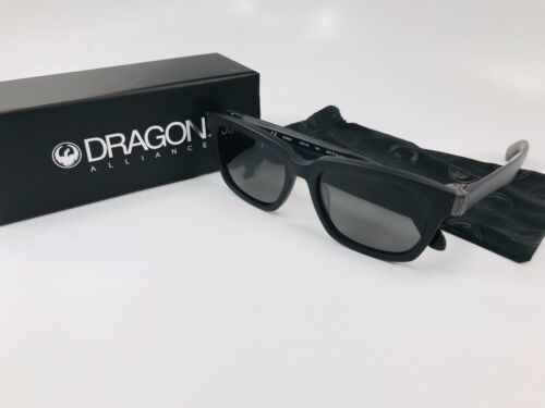 Sunglasses DRAGON DR DEADLOCK 002 MATTE BLACK WITH GREY LENS