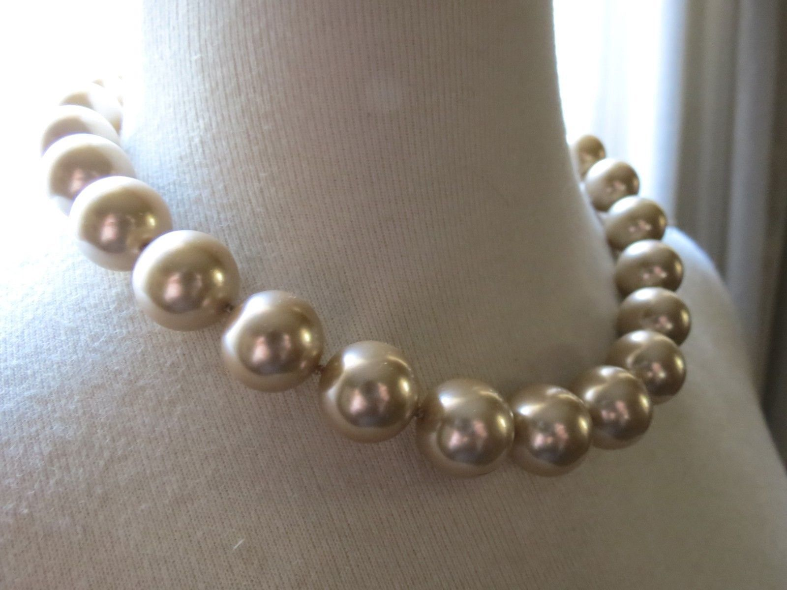 VTG Monet Big Pearl Necklace Hand Knotted Sable Cream Lobster 16mm Glass Beads image 5