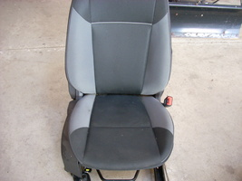 2014 FORD FOCUS RIGHT FRONT SEAT