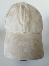 White Adjustable Buckle Cap Hat - $15.51