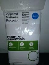 Room Essentials Zippered Mattress Protector Queen Size Waterproof (60x80x12)NEW