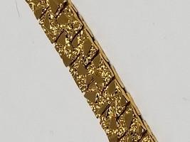 Gold Tone Vintage Bracelet Lovely Pattern 7 Inches - $13.49