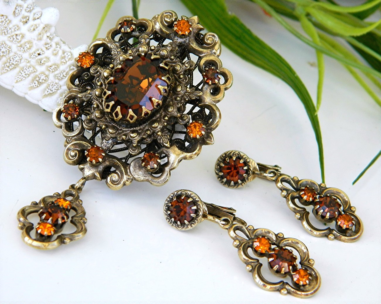 Vintage Hobe Brooch Pendant Earrings Demi Parure Amber Rhinestones