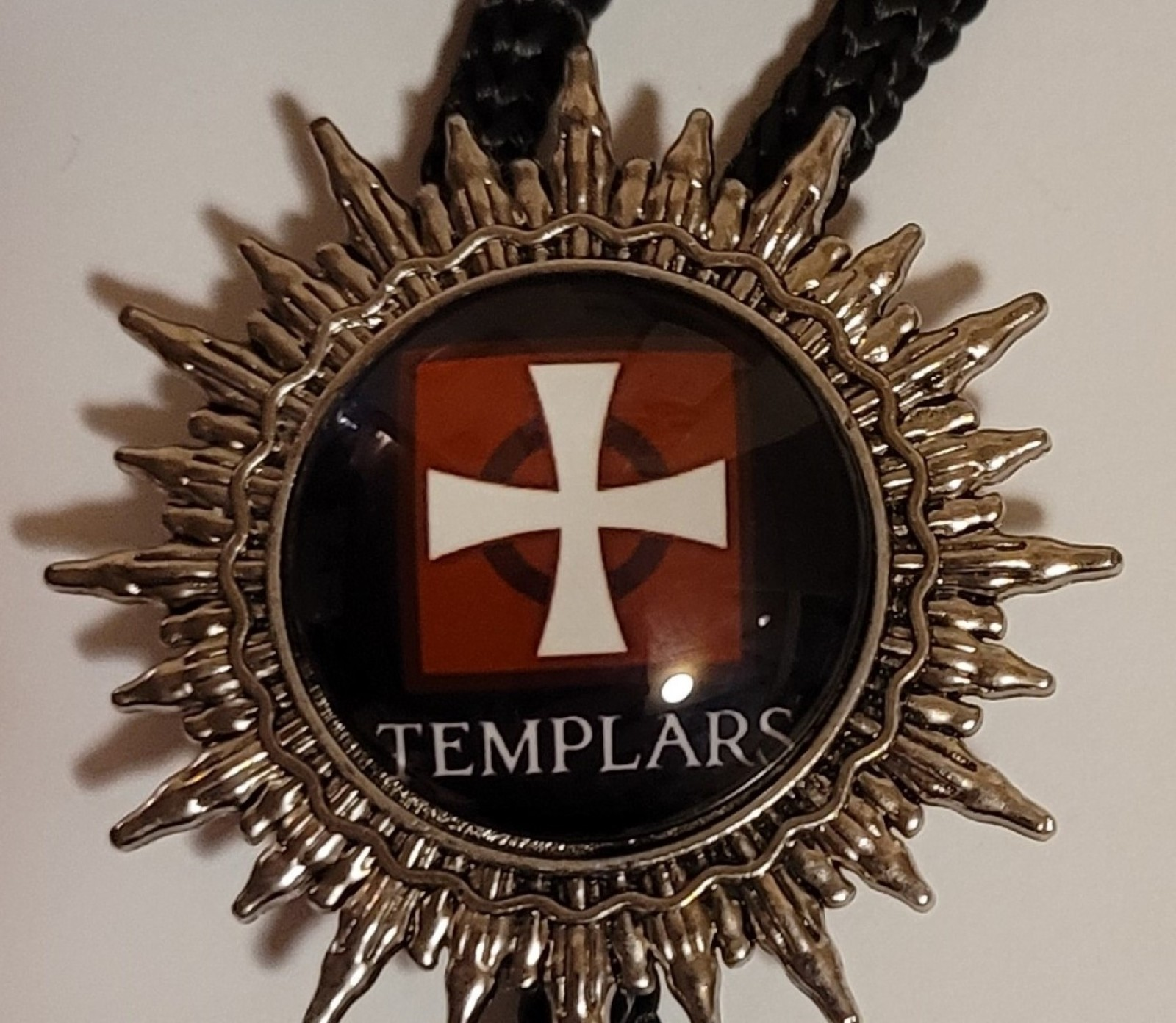 Knights Templar Bolo Necklace Tie -  White Cross on Red Templar Under