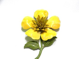 Yellow Enamel Flower Power Vintage Brooch Pin - $10.79