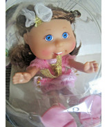 Cabbage Patch Lil Sprouts DOLL ORNAMENT Ellen Keira 4/3  Brown Hair - $24.41