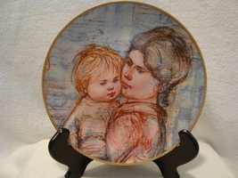 """Knowles China , Edna Hibel """" A Time to Embrace"""" collector Plate # 7211a. - $25.00"""