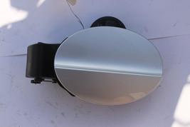 2006-2011 Mercedes CLS550 CLS500 W219 Fuel Gas Door Lid Cap Assembly J314 - $68.31