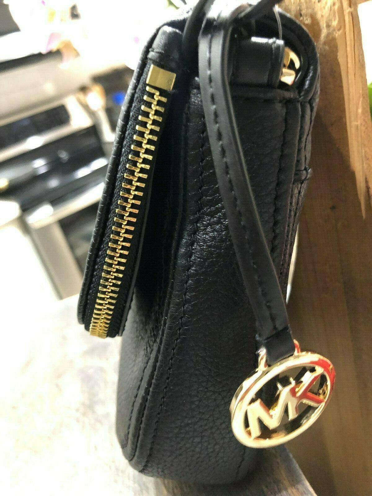 Michael Kors Classics Bedford Pocket Flap Small Crossbody Bag Pebbled $298 New image 8