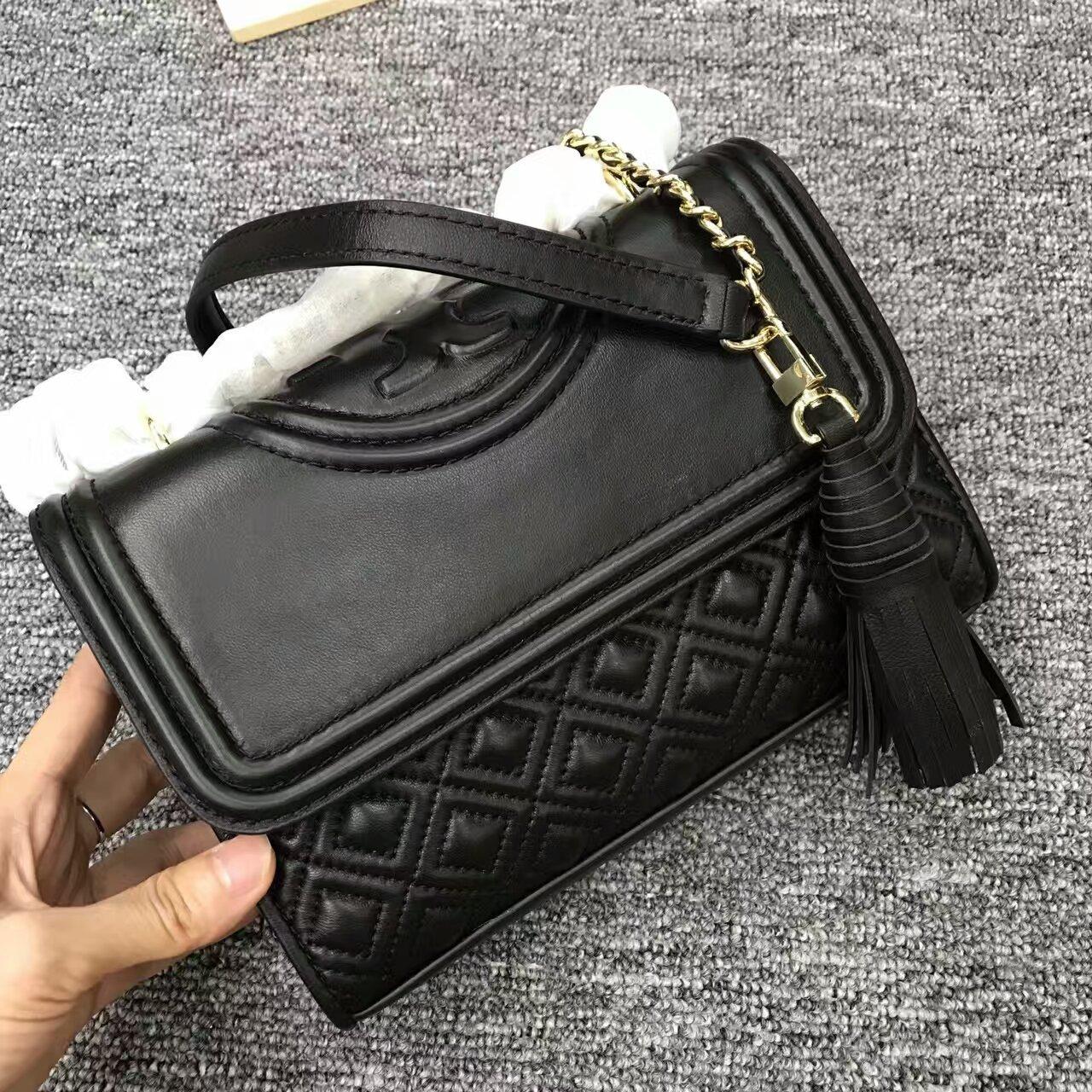 d2d1fb9e93c Mmexport1481901884542. Mmexport1481901884542. Previous. Authentic Tory  Burch Fleming Convertible Leather Shoulder Bag Small Black