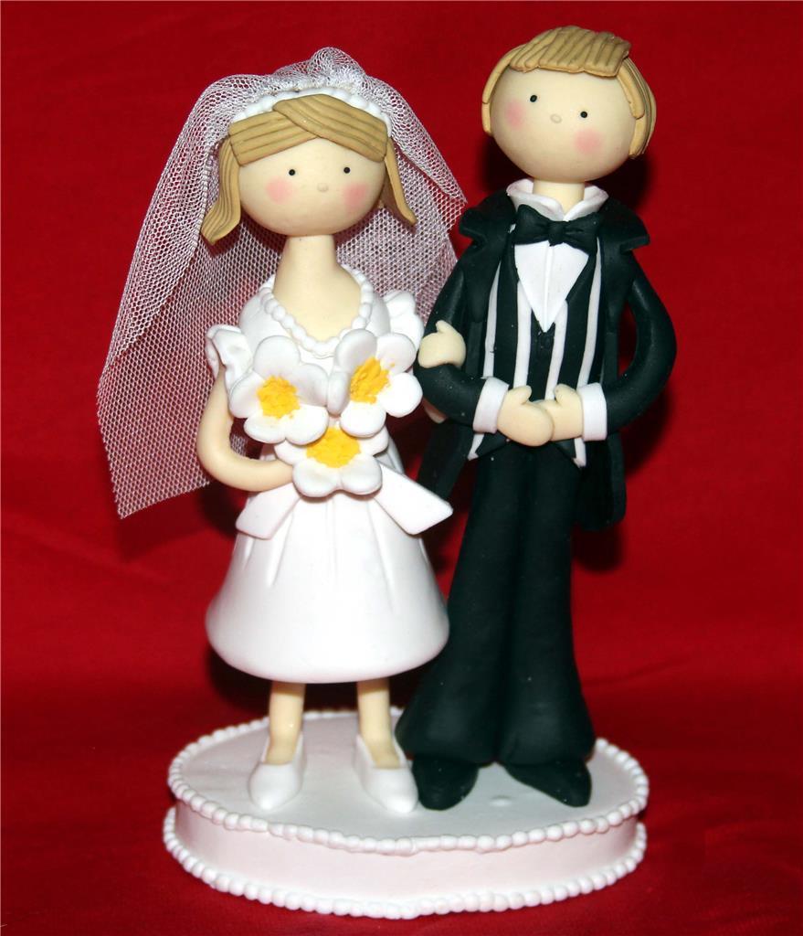 Wilton Large Whimsical Bride & Groom Clay Cake Topper Real Veil NIB DISC 2009 - $29.99