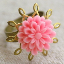 Vintage Style Lucite Pink Flower Filigree Ring d172s - $4.76